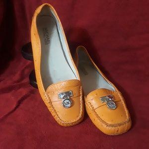 MICHAEL KORS orange leather shoes